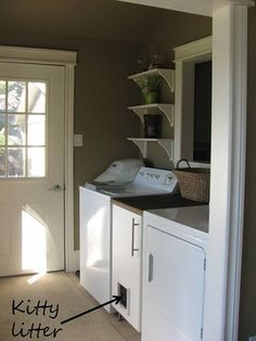 This is pretty much where I'm picturing the litter in the new house --j and l projects: Mud Room- After Litter Box idea Hiding Cat Litter Box, Hidden Litter Boxes, Hidden Laundry, Small Laundry, Laundry Room Organization, Laundry Room Design, Best Floors For Dogs, Downstairs Bathroom, Bathroom Laundry