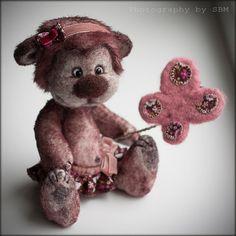 Teddy Bear Laila  Artist Bear OOAK  Valentine day by SoftlyBearPaw, $120.00