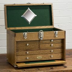 Machinist tool chest plans The tool chest is assembled from quarter sawn white oak with finger joints There are a variety of shapes and sizes of tool box plans Woodworking Workshop Plans, Woodworking Books, Fine Woodworking, Woodworking Projects, Woodworking Classes, Youtube Woodworking, Workbench Plans, Woodworking Workbench, Woodworking Videos