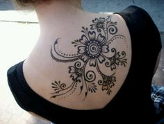 The most beautiful flower paisley tattoo!