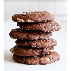Sea Salt Chocolate Almond Cookies, 24-Pack (£23) ❤ liked on Polyvore featuring food and standard
