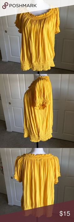 "CATO Woman Plus Size 18 20 Tee Shirt Top Yellow Excellent pre-owned condition, CATO woman top in Plus Size 18/20.  Elastic waist, neck and sleeve...beautiful golden yellow  Approx. Measurements... Chest - 60"" Length - 27""  All reasonable offers considered.   Comes from my clean, smoke/pet free home.   Thanks for looking Cato Tops Tees - Short Sleeve"