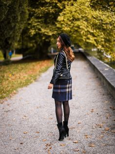 TIMELESS TREND: LEATHER JACKET Petite Fashion, Retro Fashion, S Diary, Winter Fashion Casual, Cloche Hat, Office Fashion, Gingham, Leather Jacket, Romantic
