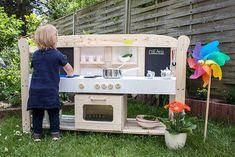 Die Spielküche hat die pe – home acssesories Childrens Glasses, Baby Sensory Play, Advertising Networks, Hydrangea Care, Mud Kitchen, Garden Crafts, Infant Activities, Amazing Flowers, Boyfriend Gifts