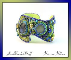 loving the colors, textures, and shape of this bracelet