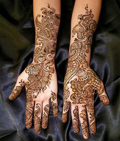 Here are simple mehndi designs for hands, which are really attractive and stunning. These mehndi designs are easy to apply for everyone. Eid Mehndi Designs, Mehndi Design 2015, Pakistani Henna Designs, Latest Bridal Mehndi Designs, Stylish Mehndi Designs, Mehndi Designs For Girls, Wedding Mehndi Designs, Beautiful Mehndi Design, Mehndi Images
