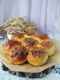 Ala piecze i gotuje: Maślane bułeczki do odrywania Bagel, Hamburger, Bread, Food, Meal, Hamburgers, Essen, Hoods, Burgers