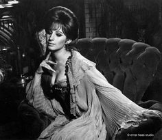 Barbra Streisand as Fanny Brice in ' Funny Girl' (1968). Description from pinterest.com. I searched for this on bing.com/images