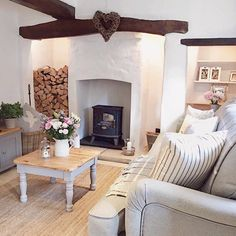 Charming Country Cottage Step inside this charming country cottage in the English countryside for a full home tour on .ukStep inside this charming country cottage in the English countryside for a full home tour on . Country Cottage Living Room, Cottage Shabby Chic, Country Cottage Interiors, Cottage Homes, Home Living Room, Living Room Designs, Country Cottage Decorating, Country Decor, Cotswold Cottage Interior