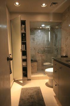 Banheiros amplos, pedem uma bancada longa com armários e gavetas sobre a pia