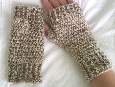 Crochet Patterns Mittens Ravelry: Fingerless Mittens pattern by Karen Janine Crochet Fingerless Gloves Free Pattern, Fingerless Gloves Knitted, Mittens Pattern, Crochet Motifs, Crochet Patterns, Crochet Ideas, Crochet Projects, Crochet Scarves, Crochet Hats