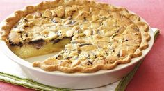 Bake this delicious dessert pie using Pillsbury® pie crust and topped with double-chocolate-filled sandwich cookies. Fun Desserts, Delicious Desserts, Dessert Recipes, Chess Pie, Pillsbury Recipes, Pie Dessert, How Sweet Eats, Cookie Recipes, Pie Recipes