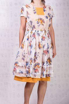 Orange flowered short-sleeved linen boho dress by SomDress on Etsy