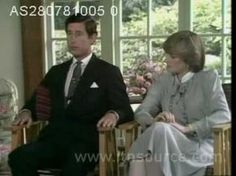 The interview before their wedding in the Summer House at Buckingham Palace with Prince Charles and Lady Diana Spencer. Princess Diana Interview, Princess Diana Pictures, Princesa Diana, Prince And Princess, Princess Of Wales, Real Princess, Elizabeth Ii, The Heir, Royal Video