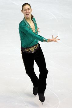 Jason brown is my favourite skater can't wait for Sochi 2014!!!