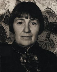 A writer, social activist, and arts aficionado, Mabel Dodge Luhan is celebrated less for her artistic accomplishments than for her key role in building artistic communities, supporting artists, and generating interest in modern art forms.