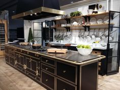 Kitchens and creations of excellence since La Cornue is a French purveyor of luxury kitchen appliances for culinary delight. Buy kitchen ranges here. Elegant Kitchens, Luxury Kitchens, Beautiful Kitchens, Cool Kitchens, Farmhouse Kitchen Decor, Country Kitchen, Kitchen Interior, La Cornue, Buy Kitchen