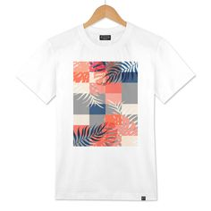 Discover «Tropical Puzzel», Exclusive Edition Men's Classic T-Shirt by DesigndN - From 25€ - Curioos