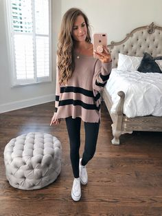Charming Fall Outfits For School You Need To Wear Right Now Outfits 2019 Outfits casual Outfits for moms Outfits for school Outfits for teen girls Outfits for work Outfits with hats Outfits women Preppy Fall Outfits, Fall Outfits For School, Casual Fall Outfits, College Outfits, Fall Winter Outfits, Outfits For Teens, Trendy Outfits, Summer Outfits, Cute Outfits