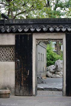 Shanghai Yu Yuan Garden by DesignClaud http://www.designclaud.nl/shanghai-yu-yuan-garden/