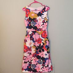Floral Anthropologie Dress! Darling floral dress from Anthropologie. Bought brand new from another posher and wore twice. pockets || side zipper || open back || stretch waist Anthropologie Dresses Midi