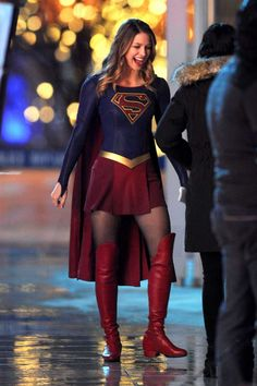 Melissa Benoist's Supergirl Fighting Crime But Who's Behind The Mask