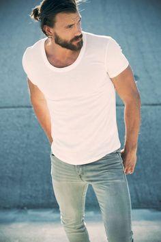 Men with round neck White tshirt & long hair ⋆ Men's Fashion Blog - TheUnstitchd.com