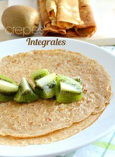Cómo hacer crepes con harina integral y sin azúcar. Las puedes comer de muchas formas y con rellenos dulces o salados