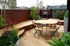 Comfortable Terrace Design For The Family: Wonderful Minimalist Outdoor Dining Furniture Terrace Design With Rooftop Style Interior Used Woo. Roof Terrace Design, Rooftop Design, Deck Design, Diy Pergola, Garden Design London, Garden Furniture Design, Furniture Ideas, Wooden Patios, Townhouse Designs