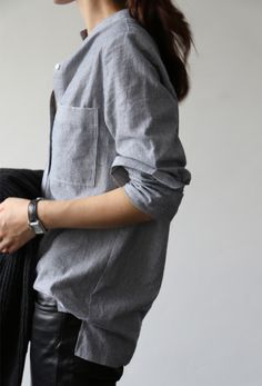Casual Chic - blue shirt & black leather jeans