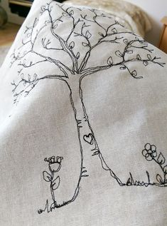 Freehand Machine Embroidery, Hand Embroidery Art, Free Motion Embroidery, Creative Embroidery, Machine Embroidery Applique, Cross Stitch Embroidery, Embroidery Patterns, Sewing Art, Free Sewing