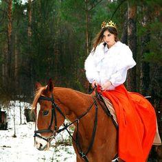 Instagram media by kskdarvin - Нету более благородного животного чем конь #кскдарвин #фотосессиикиев #лошади #королева #арендаживотных
