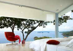 Master bedroom decorating ideas with spirals walls view