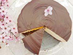 Sernik doskonały – prosty i szybki, kremowy i puszysty, nie opada i nie pęka – Słodki Blog Baking Recipes, Cake Recipes, Food Cakes, Dory, Cheesecake, Sweets, Cookies, Holiday Decor, Blog