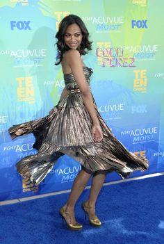 Zoe Twirls Into The Teen Choice Awards
