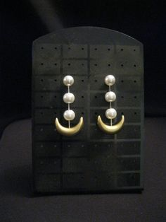 Hey, I found this really awesome Etsy listing at https://www.etsy.com/listing/117617294/sailor-moon-earrings-anime-version-or