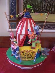 circus theme cake Novelty Cakes - Wedding, Birthday and all celebration cakes by Elizabeth Miles based in Shaftesbury Dorset