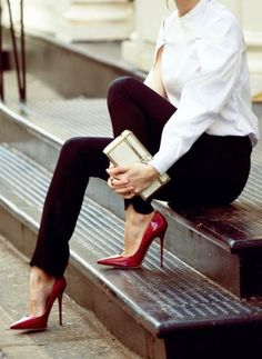 Women's fashion | Burgundy heels | Just a Pretty Style