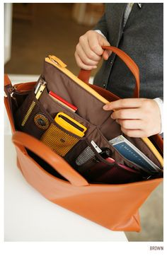 Slim Purse Organizer Easy To Switch Bags According Outfit Organization Getting Organized