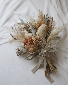 Image may contain: plant and flower Fall Bouquets, Bride Bouquets, Floral Bouquets, Hand Bouquet Wedding, Floral Wedding, Dried Flower Arrangements, Dried Flower Bouquet, Bridal Flowers, Wedding Dried Flowers