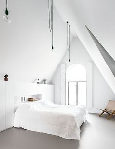 white bedroom with sloped ceiling Fresh white scandinavian bedroom. Photo by Sjoerd Eickmans. Styling by April and MayFresh white scandinavian bedroom. Photo by Sjoerd Eickmans. Styling by April and May Scandinavian Bedroom Decor, Scandinavian Living, Minimalist Scandinavian, Interior Design Examples, Interior Design Inspiration, Bedroom Inspiration, Minimalist Interior, Minimalist Bedroom, Minimalist House