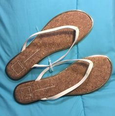 5ed3bde85 Dolce Vita DV Cork Footbed gold Strap Flip Flop Thong Sandal Preowned and  in good condition