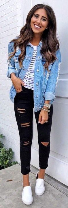 Denim Jacket Outfit Ideas how to wear a denim jacket top black rips sneakers fashion Denim Jacket Outfit Ideas. Here is Denim Jacket Outfit Ideas for you. Denim Jacket Outfit Ideas 36 cool outfit ideas to wear denim jackets all year ro. Look Fashion, Teen Fashion, Fashion Outfits, Jackets Fashion, Fashion Clothes, Fashion News, Dress Outfits, Fashion Women, Autumn Fashion For Teens