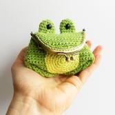 Cupcake key cozy crochet pattern - Allcrochetpatterns.net