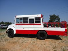 1990 Arkansas Razorback International 370 Party Bus