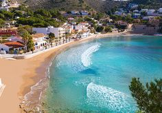 ▷ Playas en Moraira: Las Mejores Playas y Calas en Moraira Popular Holiday Destinations, Vacation Destinations, Places In Spain, Places To Visit, Moraira, Best Shopping Sites, Hotel Stay, Stay The Night, Holiday Time