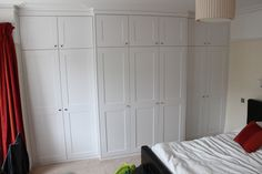 Explore high quality bespoke fitted bedrooms, built-in wardrobes, alcove wardobes and other fitted furniture. Fitted wardrobes design and free quotation. Mdf Furniture, Fitted Bedroom Furniture, Fitted Bedrooms, Bespoke Furniture, Furniture Design, Alcove Wardrobe, Wardrobe Doors, Bedroom Wardrobe, Built In Wardrobe