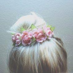 Dyed hair | via Tumblr   } flowers