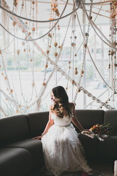 Modern Ace Hotel wedding - photo by Studio Castillero http://ruffledblog.com/modern-ace-hotel-wedding #sarahsevenloveclub