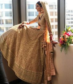 Do you want to know check out latest Sabyasachi Bridal collections? Do you want your sabyasachi bridal lehenga red or sabyasachi bridal white gold leh Sabyasachi Lehenga Bridal, Indian Bridal Lehenga, Indian Bridal Outfits, Indian Bridal Wear, Indian Dresses, Sabhyasachi Lehenga, Golden Bridal Lehenga, Bride Indian, Pakistani Bridal
